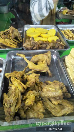 Foto 4 - Makanan di Nasi Uduk Kiko Sari oleh Mich Love Eat