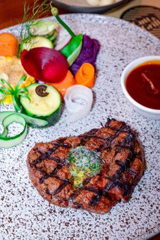Foto 8 - Makanan di Cutt & Grill oleh Indra Mulia