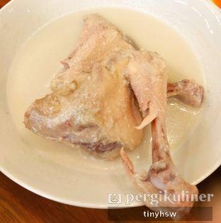 Foto 2 - Makanan(ayam pop) di Padang Merdeka oleh Tiny HSW. IG : @tinyfoodjournal