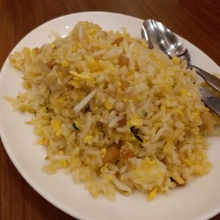 Foto 2 - Makanan(Nasi goreng ikan asin) di Ta Wan oleh Kuliner Limited Edition