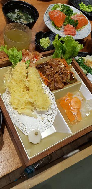 Foto 2 - Makanan(Teishoku set (beef teriyaki & Ebi Tempura)) di Teishoku oleh CumaYangEnak