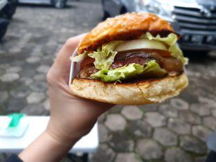 Foto review Burder oleh Fika Sutanto 1