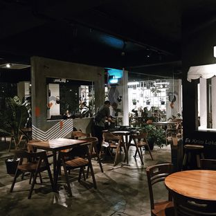 Foto 6 - Interior di Paradigma Kafe oleh Della Ayu