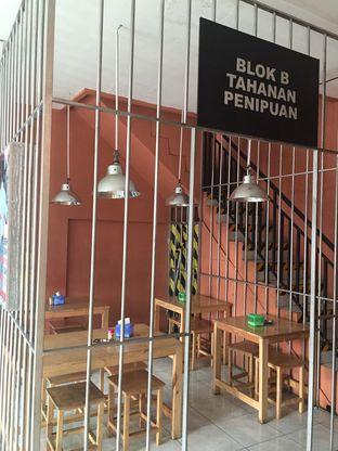 Foto review Rumah Tahanan (Mie Jambret) oleh Theodora  5