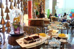 Foto 7 - Interior di Botany Restaurant - Holiday Inn oleh Jessica Sisy