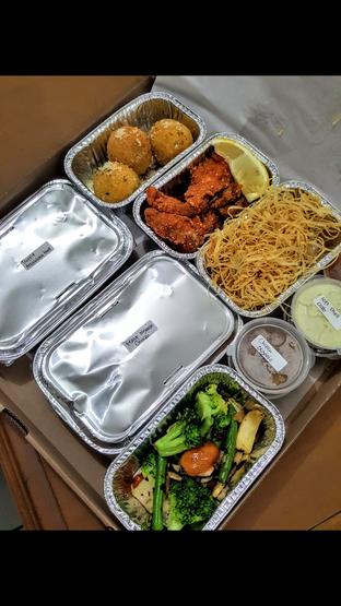 Foto 6 - Makanan di AW Kitchen oleh Stallone Tjia (@Stallonation)