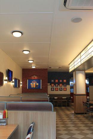 Foto 2 - Interior di Food Days oleh Prido ZH
