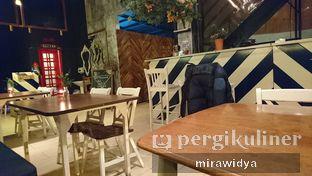 Foto 6 - Interior di Lusso Cafe & Resto oleh Mira widya