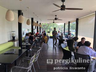 Foto 3 - Interior di Redback Specialty Coffee oleh Patsyy