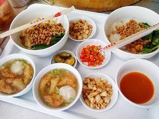 Foto 4 - Makanan di Bakmi Lontar Bangka oleh Santoso Gunawan