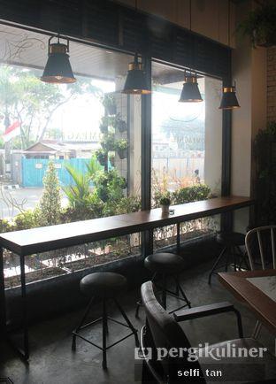 Foto 4 - Interior di Compagnie Koffie oleh Selfi Tan