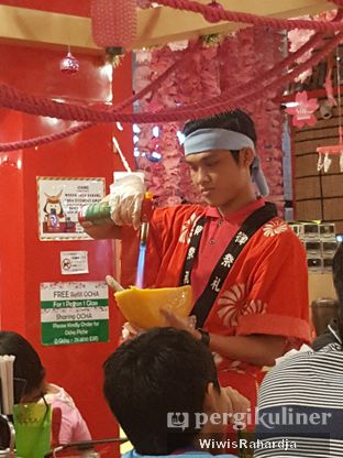 Foto 5 - Interior di Universal Noodle Ichiro Ramen Market oleh Wiwis Rahardja