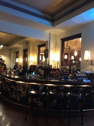 Foto 8 - Interior di Cafe Batavia oleh ig: @andriselly