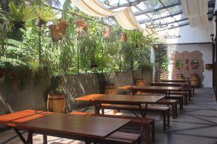 Foto 21 - Interior di Bavarian Haus Bratwurst & Grill oleh yudistira ishak abrar