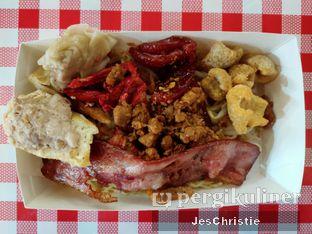 Foto - Makanan(Bakmi 8 Topping) di Bakmi Ajong Singkawang oleh JC Wen