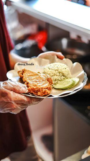 Foto 2 - Makanan di Geprek Gold Chick oleh deasy foodie