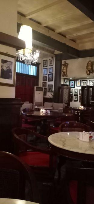 Foto 3 - Interior di Cafe Batavia oleh Dhans Perdana