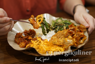 Foto - Makanan(nasi rames) di Little Ubud oleh Ivan Ciptadi @spiceupyourpalette