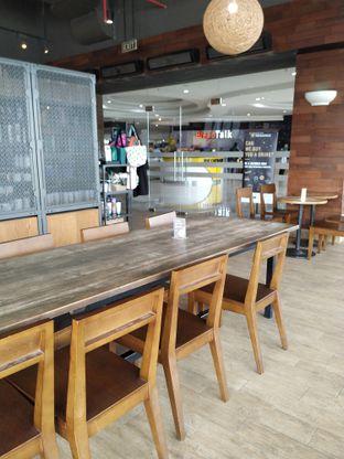 Foto 5 - Interior di Starbucks Coffee oleh yeli nurlena