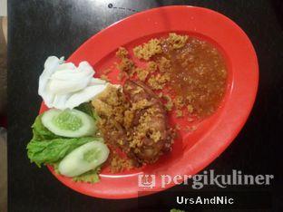 Foto 7 - Makanan(Ayam goreng kremes) di Bakmi Acha oleh UrsAndNic
