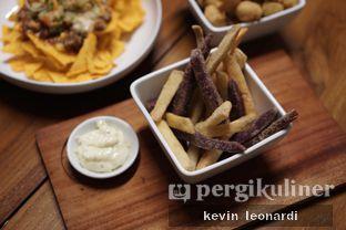 Foto review Komune Cafe oleh Kevin Leonardi @makancengli 1