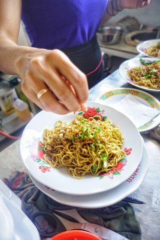 Foto 4 - Makanan di Bakmi Bangka Rosela 77 oleh Nanakoot