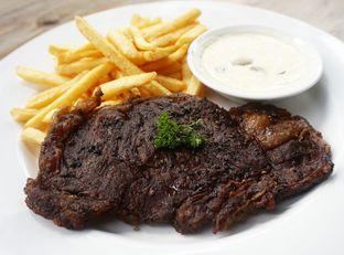Foto 3 - Makanan di PGP Cafe oleh Andin | @meandfood_