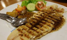 Ikan Bakar dalam Bambu Karimata