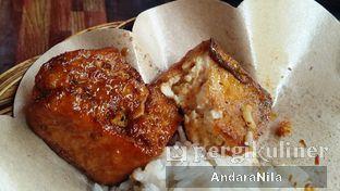 Foto 3 - Makanan(Tahu Bakar) di Ayam Bakar Cha - Cha oleh AndaraNila