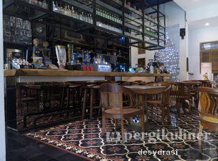 Foto 3 - Interior di Braga Art Cafe oleh Desy Mustika