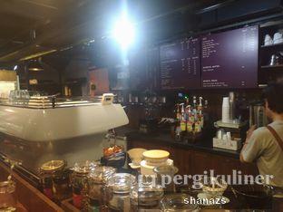 Foto 5 - Interior di Kopi Boutique oleh Shanaz  Safira