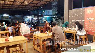 Foto 3 - Interior di Roti Bakar 88 oleh Miss NomNom