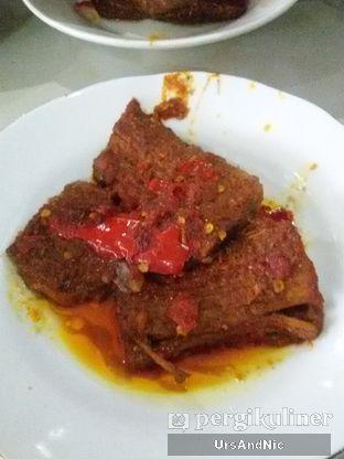 Foto 5 - Makanan(dendeng basah) di Sari Bundo oleh UrsAndNic
