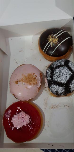Foto 3 - Makanan di Krispy Kreme Cafe oleh Meri @kamuskenyang