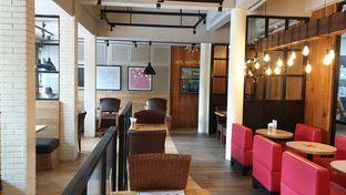Foto review MOS Cafe oleh Oemar ichsan 8