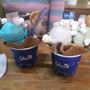 Foto 2 - Makanan di Glasch Nitrogen Ice Cream oleh Pria Lemak Jenuh