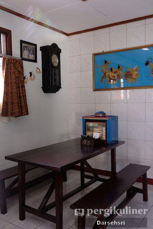 Foto 7 - Interior di Ayam Goreng Bacem Mbok Sum oleh Darsehsri Handayani