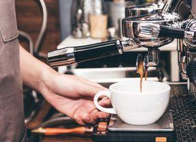 Ingin Bikin Kopi Ala Barista Coffee Shop? Ini Tips Menyeduhnya di Rumah!