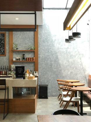 Foto 7 - Interior di Mangota Coffee oleh yudistira ishak abrar