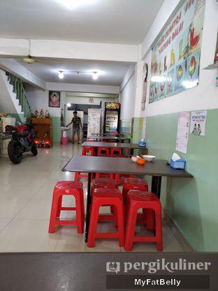 Foto 2 - Interior di Es Teler Sumatera Aho oleh My Fat Belly