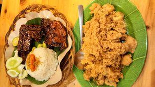 Foto 1 - Makanan di Ayam Bakar Tujuh Saudara oleh Komentator Isenk