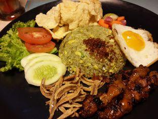 Foto 3 - Makanan(Nasi Goreng Cabe Ijo) di The Spoke Bistro oleh @stelmaris