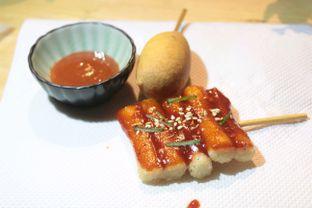 Foto 3 - Makanan(Corn dog dan tteok kkochi) di Tteokntalk oleh Hidah Ardillah