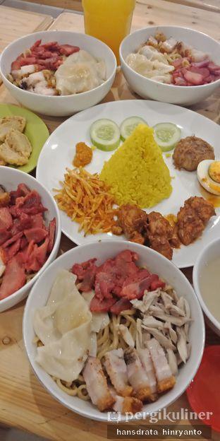 Foto 2 - Makanan di Bakmi Pangsit Palu oleh Hansdrata Hinryanto