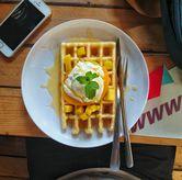 Foto MANGGO WAFFLE di Many Pany Pancake & Waffle