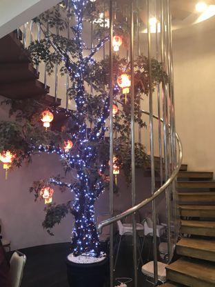 Foto 10 - Interior di Bao Lai Restaurant oleh Oswin Liandow