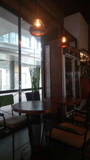 Foto 6 - Interior di Keren Coffee oleh Namira