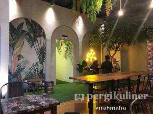 Foto 6 - Interior di Tampan Mie & Coffee oleh Del and Dit