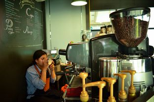 Foto review Escalator Coffeehouse oleh Shella Rizki Ananda 2