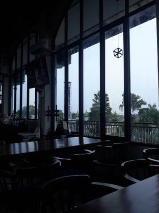 Foto 4 - Interior di Kowok Coffee & Gallery oleh Mouthgasm.jkt